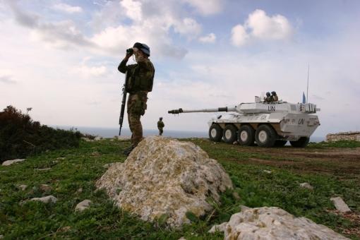 libano-attivita-di-controllo-del-territorio-con-blindo-centauro-2