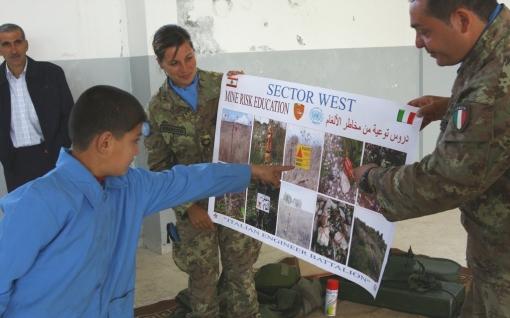 soldati_italiani_di_unifil_durante_la_giornata_della_prevenzione_dal_rischio_delle_mine_-_4