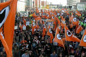 partito-pirata-manifestanti-a-berlino